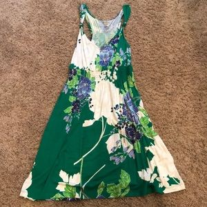 Ladies sleeveless summer dress with floral design